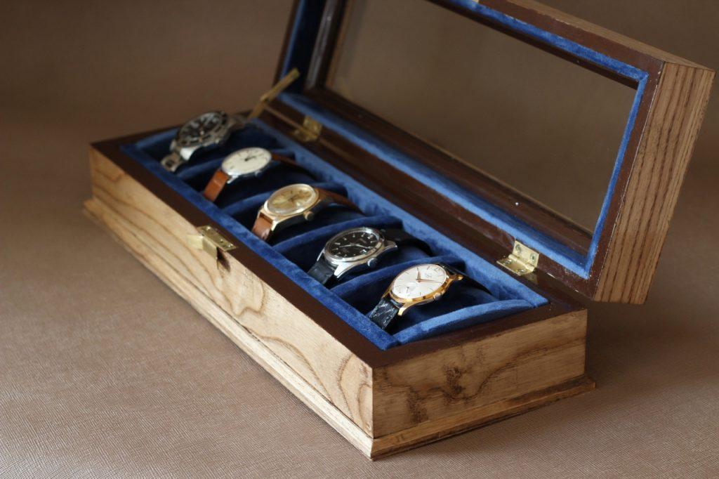 шкатулка для часов деревянная